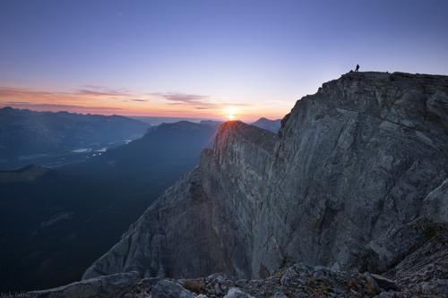 In Laws Everest - Nicholas Taffs